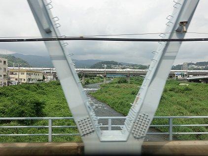 hayakawa_riv.JPG