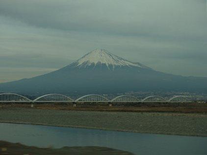 mt_fuji_riv.jpg